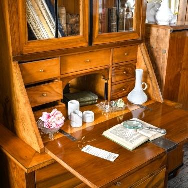 ANTIK SHOP möbel aschaffenburg antiquitaeten kleinostheim restaurationen Sekretär Kirschbaum