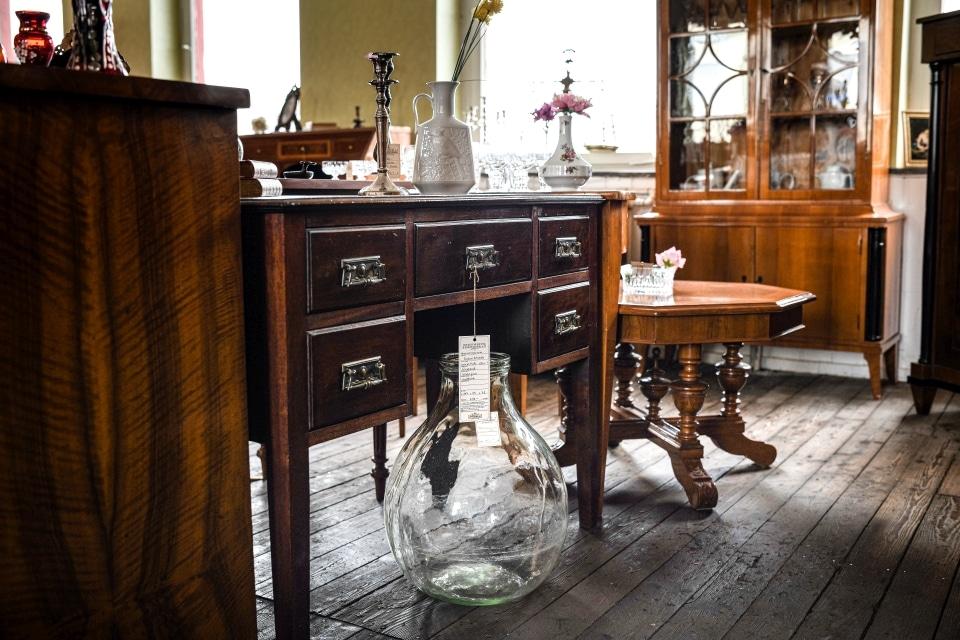 ANTIK SHOP Antiquitäten Kleinostheim  Gründerzeit   Schreibtisch Nussbaum Möbel