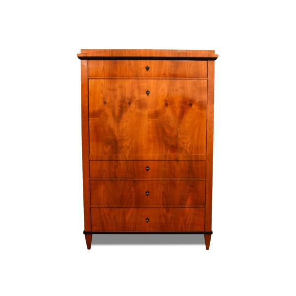 ANTIK SHOP Biedermeier Sekretär Biedermeier, um 1820 Kirschbaum, Schellack handpoliert B: 111 cm T: 54 cm H: 166 cm Biedermeiersekretär aus Kirschbaum.