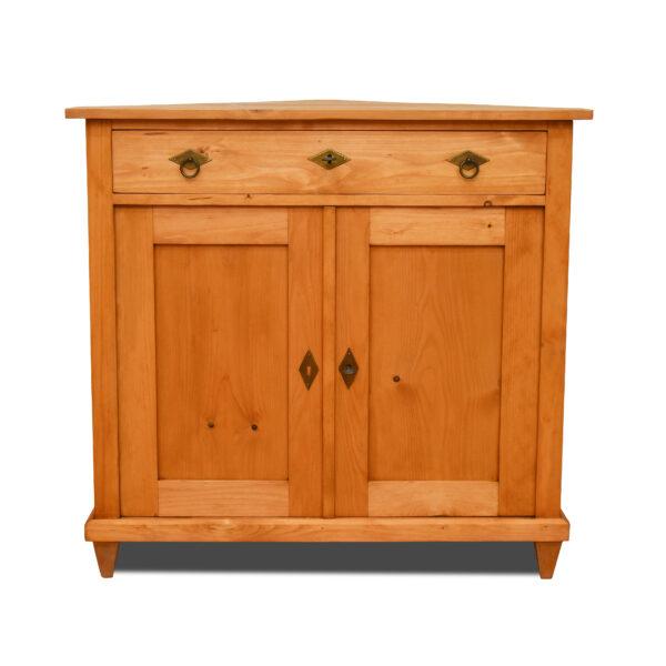 ANTIK SHOP Biedermeier Eck-Anrichte Biedermeier, um 1900 Kiefer, biologisch gewachst B: 88 cm T: 61 cm H: 92 cm traditionell gefertigte Eck-Anrichte aus Fichte Altholz