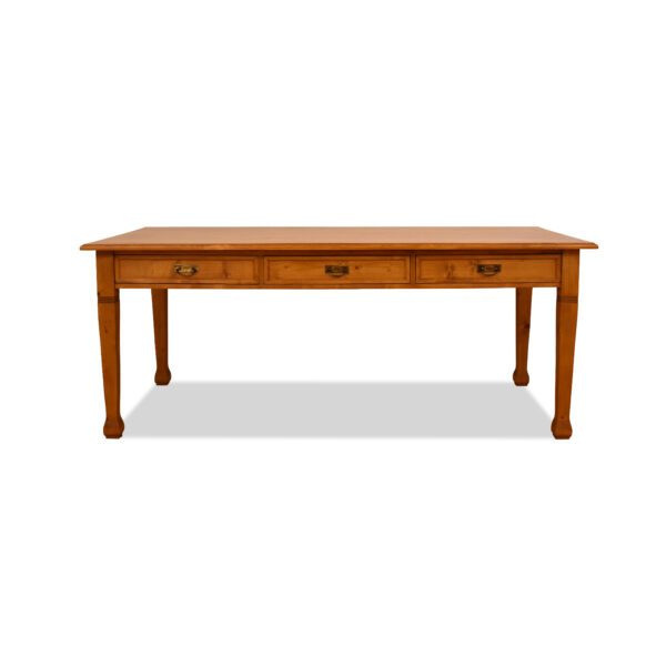 ANTIK SHOP Tisch Jugendstil StilJugendstil, um 1900Kiefer, biologisch gewachstB: 200 cm T: 100 cm H: 79 cmtraditionell aus Altholz gefertigt.