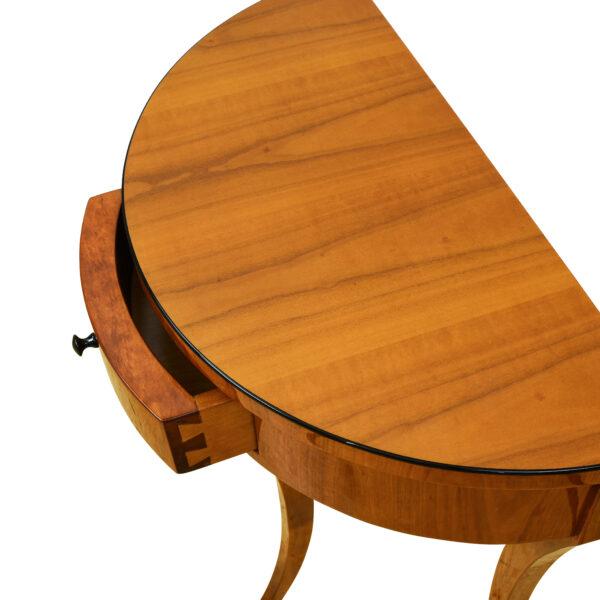 ANTIK SHOP Demi Lune Tischchen Biedermeier Stil, um 0 Kirschbaum bzw. Nußbaum, hochglänzend lackiert B: 60 cm T: 30 cm H: 77 cm halbrundes Biedermeier Stil Tischchen mit Schubkästchen