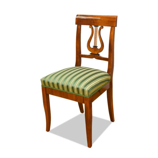 ANTIK SHOP Stuhl Biedermeier Stil Biedermeier Stil, um 1900 Kirschbaum bzw. Nußbaum, hochglänzend lackiert B: 45 cm T: 43 cm H: 93 cm