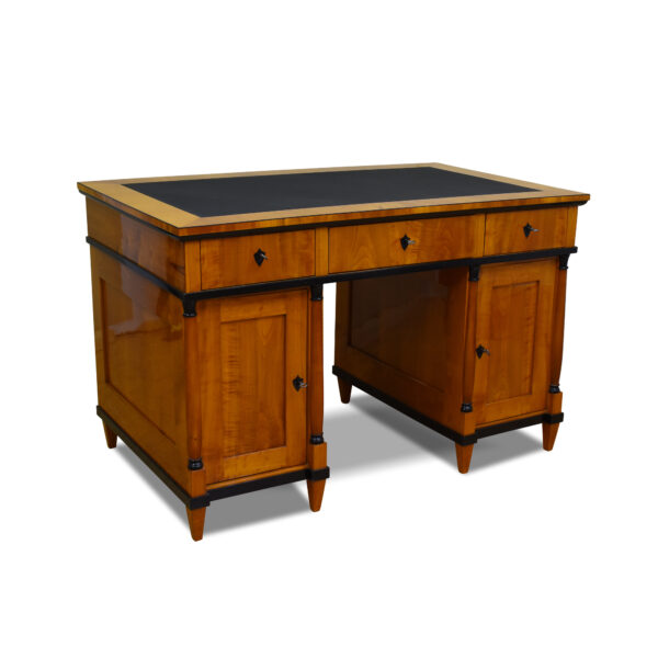 ANTIK SHOP Schreibtisch, Biedermeier, Kirschbaum, Lederschreibfläche, Schellack handpoliert