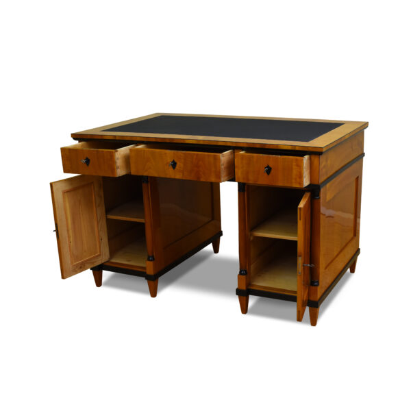ANTIK SHOP Schreibtisch, Biedermeier, Lederschreibfläche, Schellack handpoliert, Kirschbaum
